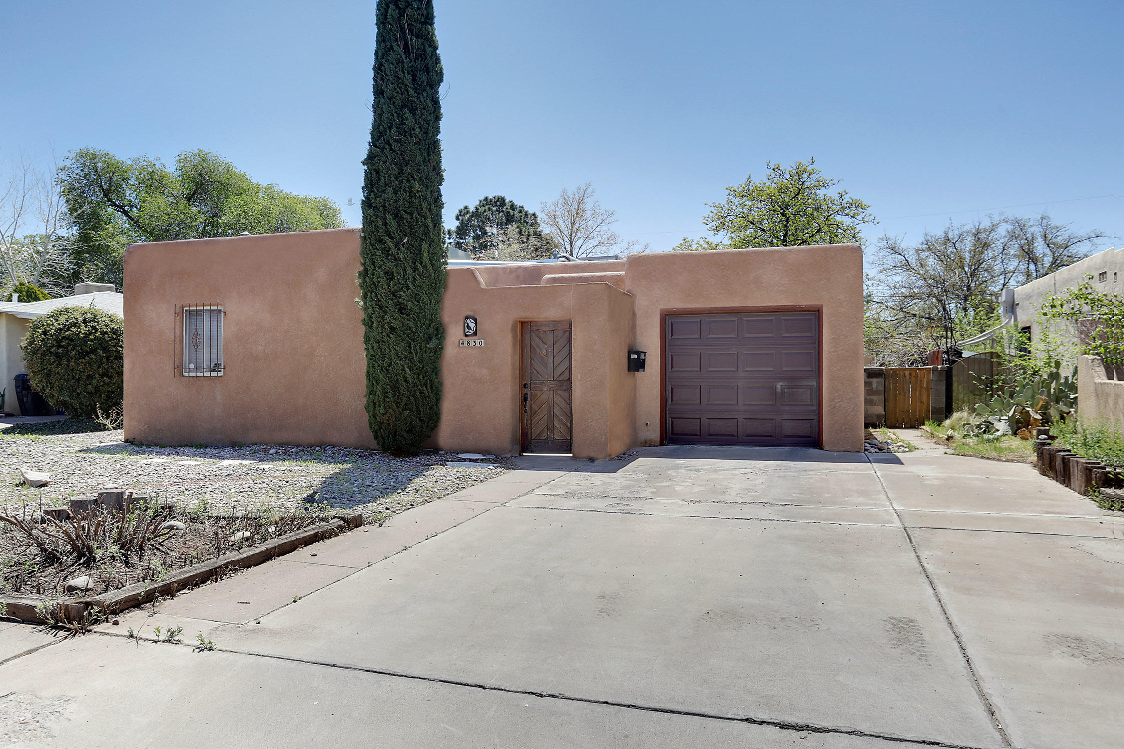 4830 Idlewilde Lane, Albuquerque NM 87108