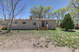 7030 Ilfield Road SW, Albuquerque, NM 87105
