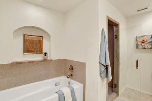 Bathroom_2_1