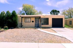 1026 Tomasita Street NE, Albuquerque, NM 87112
