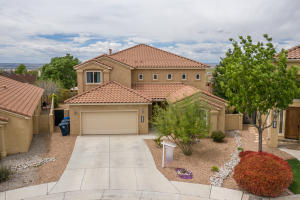 8409 Tierra Morena Place, Albuquerque, NM 87122