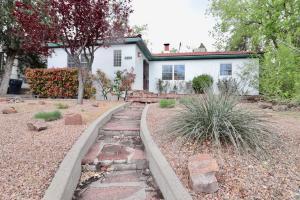 1202 Roma Avenue NE, Albuquerque, NM 87106