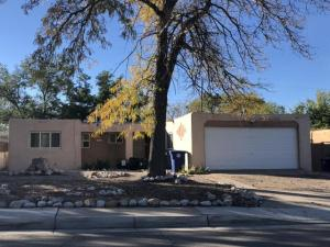 10516 Towner Avenue NE, Albuquerque, NM 87112