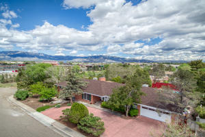 Property for sale at 1824 Lafayette Drive NE, Albuquerque,  NM 87106