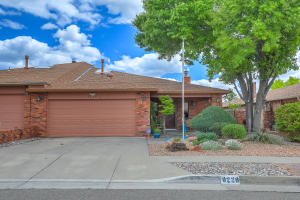9220 Admiral Lowell Avenue NE, Albuquerque, NM 87111