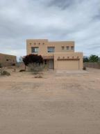 516 9Th Street NE, Rio Rancho, NM 87124