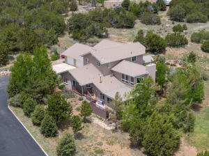 31 Western Saddle Drive, Tijeras, NM 87059