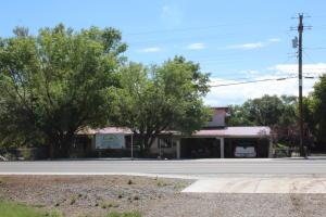 3529 Highway 47, Peralta, NM 87042