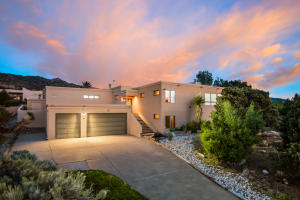 Property for sale at 10 Juniper Hill Road NE, Albuquerque,  NM 87122