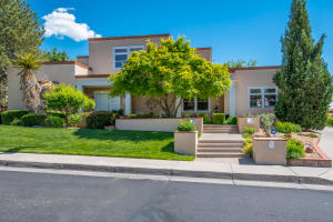 11216 Country Club NE, Albuquerque, NM 87111