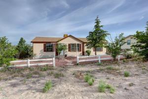 528 Idalia Road SW, Rio Rancho, NM 87124