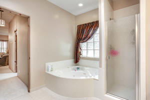 23-Master Bathroom