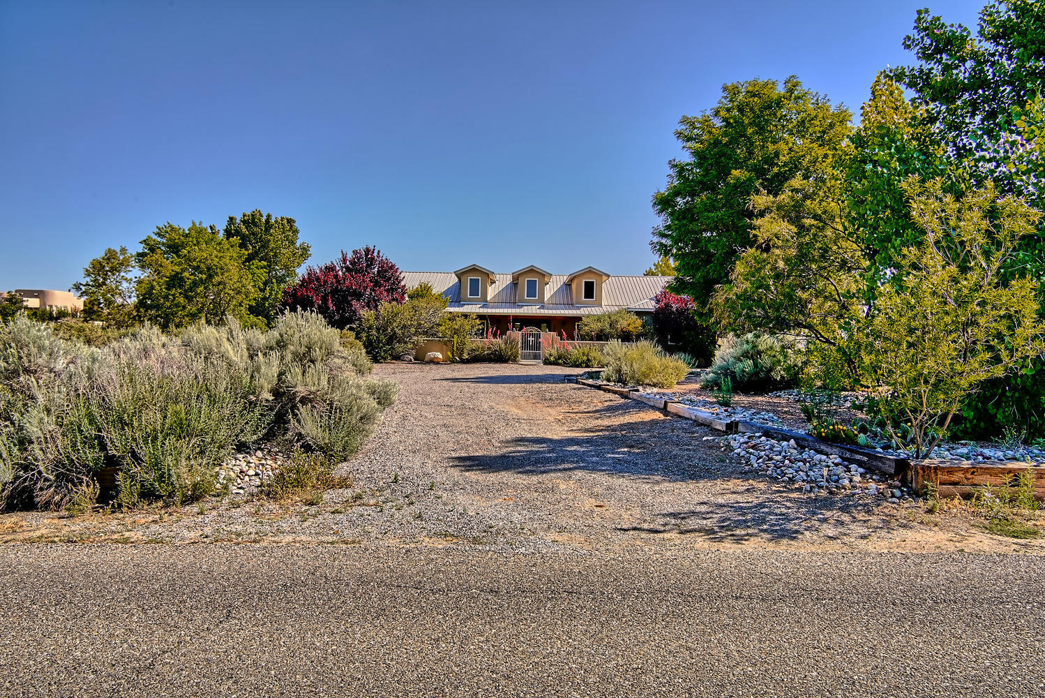 800 Mission Valley Rd Corrales-large-054