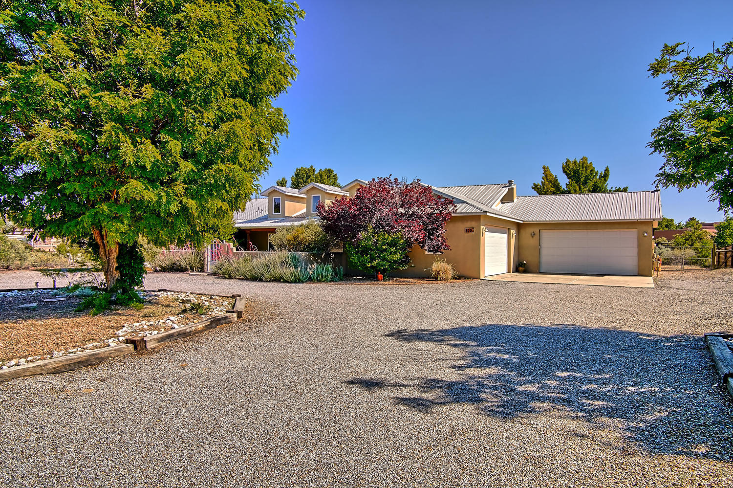 800 Mission Valley Rd Corrales-large-055