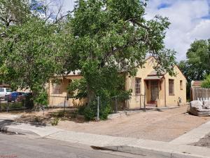 3413 Crest Avenue SE, Albuquerque, NM 87106