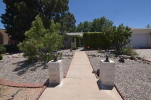 804 Raton Avenue SE, Albuquerque, NM 87123