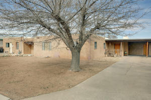 1335 Van Cleave Road NW, Albuquerque, NM 87107