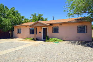 5205 Comanche Road NE, Albuquerque, NM 87110