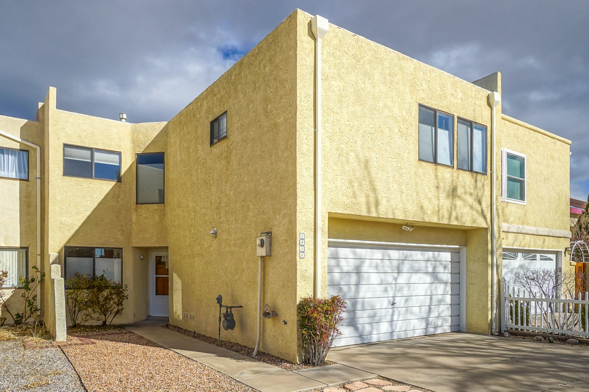 5408 Overlook Street, Albuquerque NM 87111