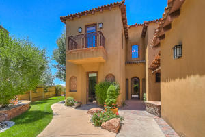 Property for sale at 8905 Oakland Court NE, Albuquerque,  NM 87122