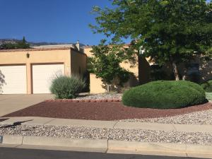 5808 Greenly Avenue NE, Albuquerque, NM 87111