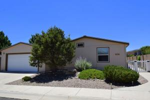 147 Sunrise Bluffs, Belen, NM 87002