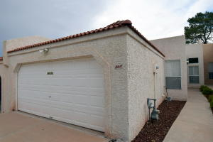3615 B Moon Street NE, Albuquerque, NM 87111