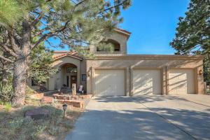 1115 San Rafael Avenue NE, Albuquerque, NM 87122