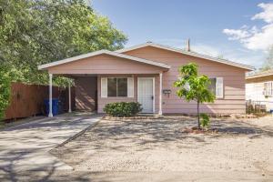 1611 Woodland Lane NW, Albuquerque, NM 87107