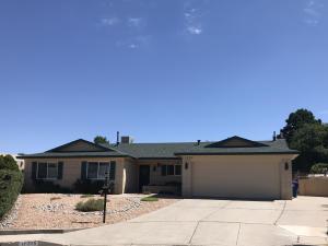 11225 Baja Drive NE, Albuquerque, NM 87111