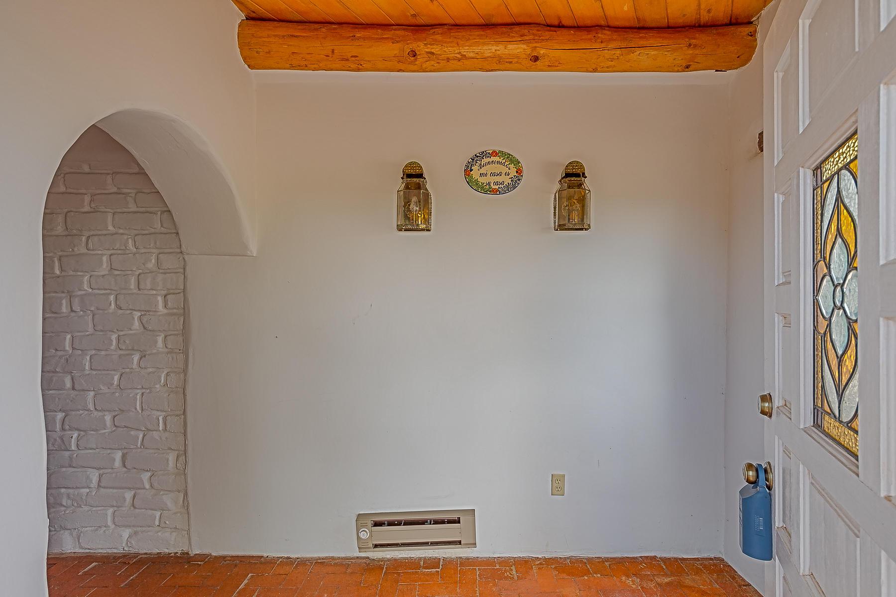 1010 Casa Del Sol Lane-5
