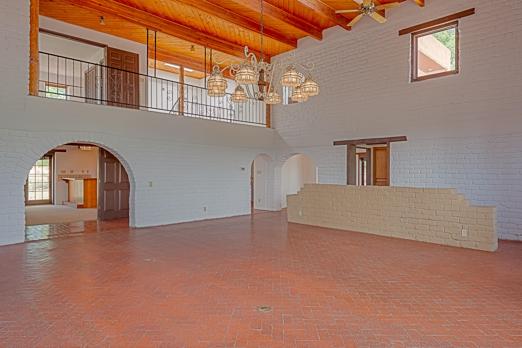 1010 Casa Del Sol Lane-11