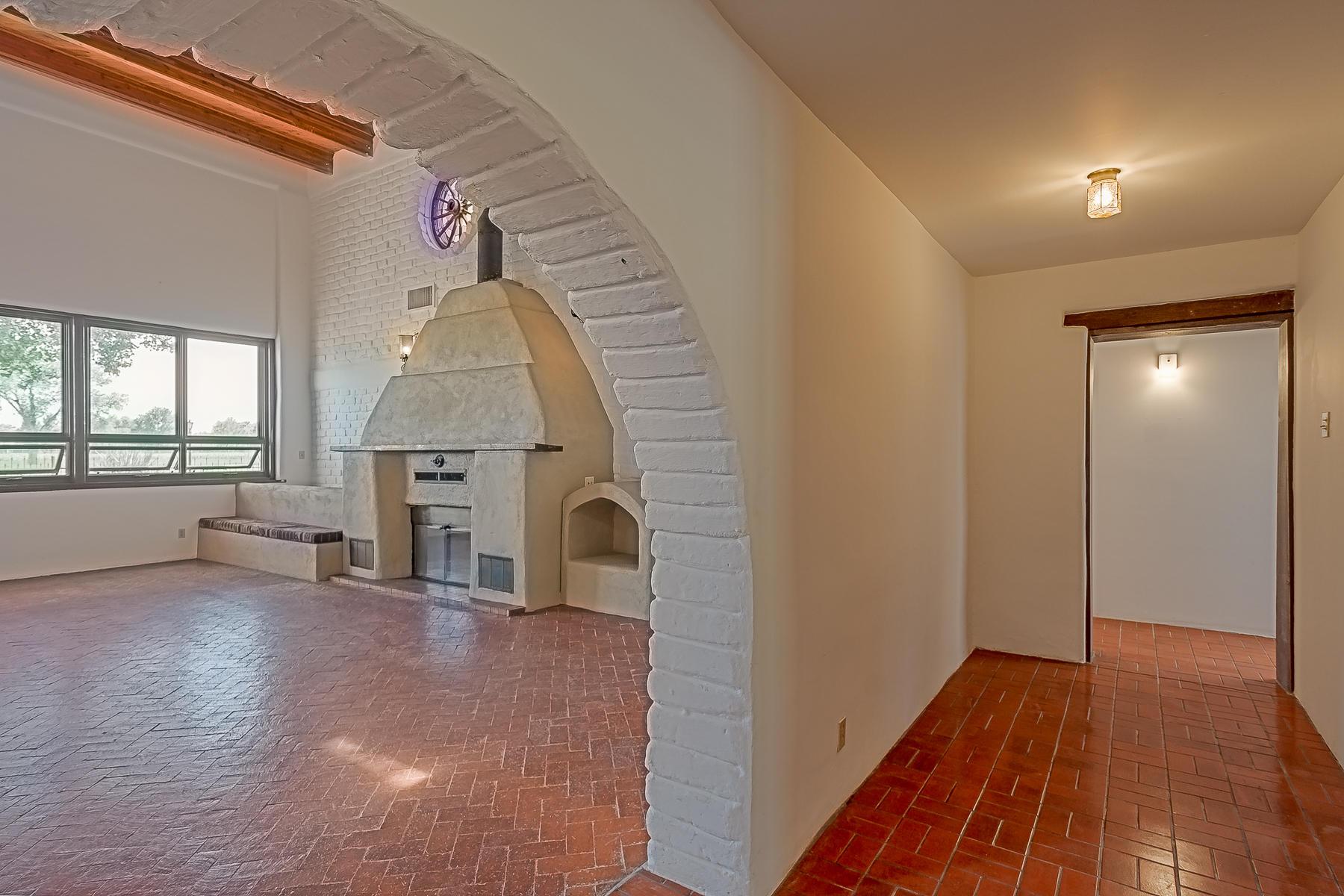1010 Casa Del Sol Lane-53