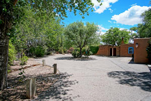 Property for sale at 2304 Candelaria Road NW, Albuquerque,  New Mexico 87107