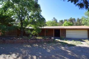 668 New Mexico 333, Tijeras, NM 87059