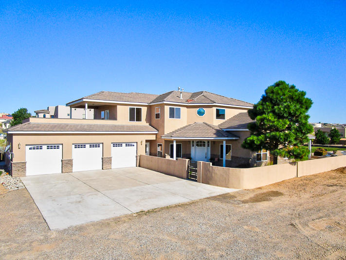 1609 22nd Avenue, Rio Rancho NM 87124