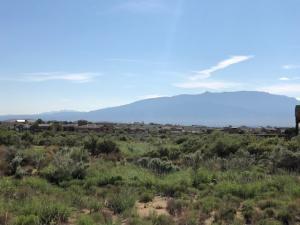716 9th Street NE, Rio Rancho, NM 87124