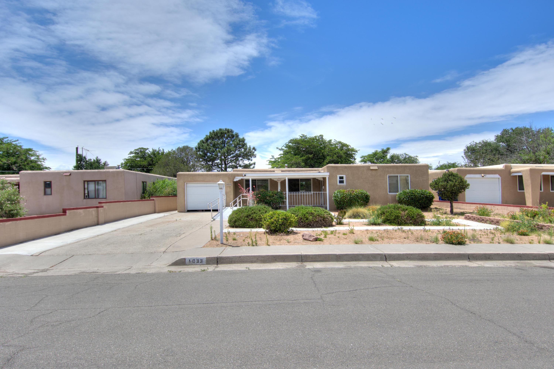 1033 Florida Street SE, Albuquerque, NM 87108-4929