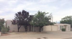 11617 Indian School Road NE, Albuquerque, NM 87112