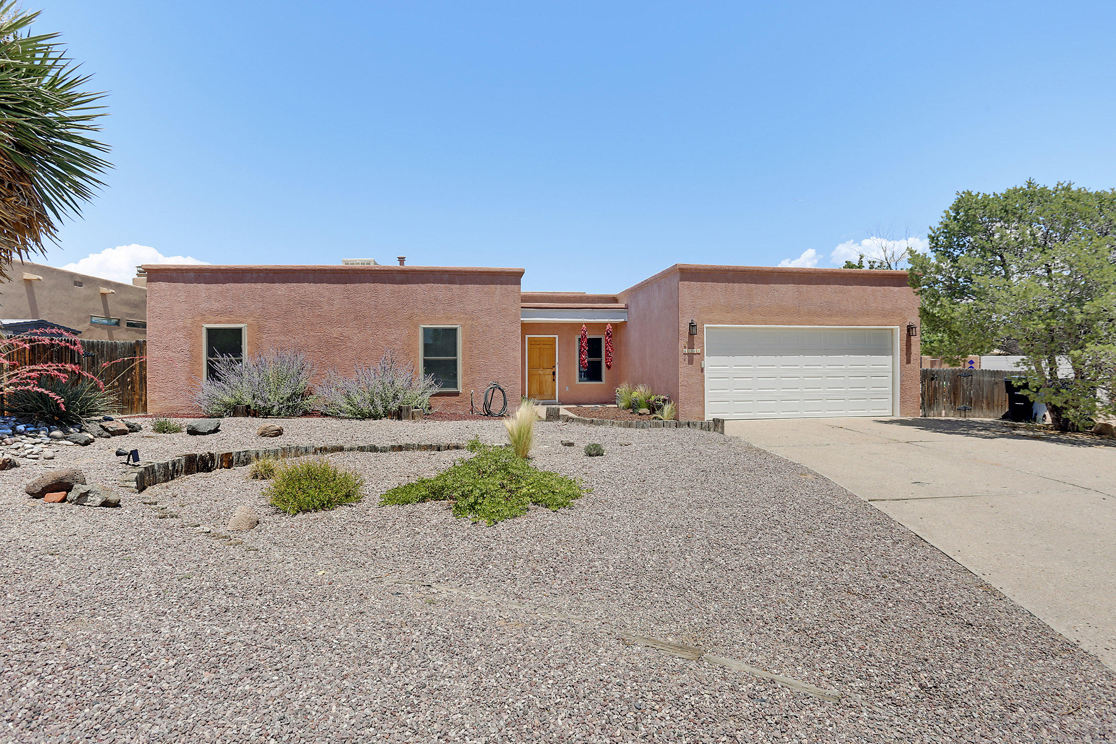 5708 Morgan Lane, Albuquerque NM 87120