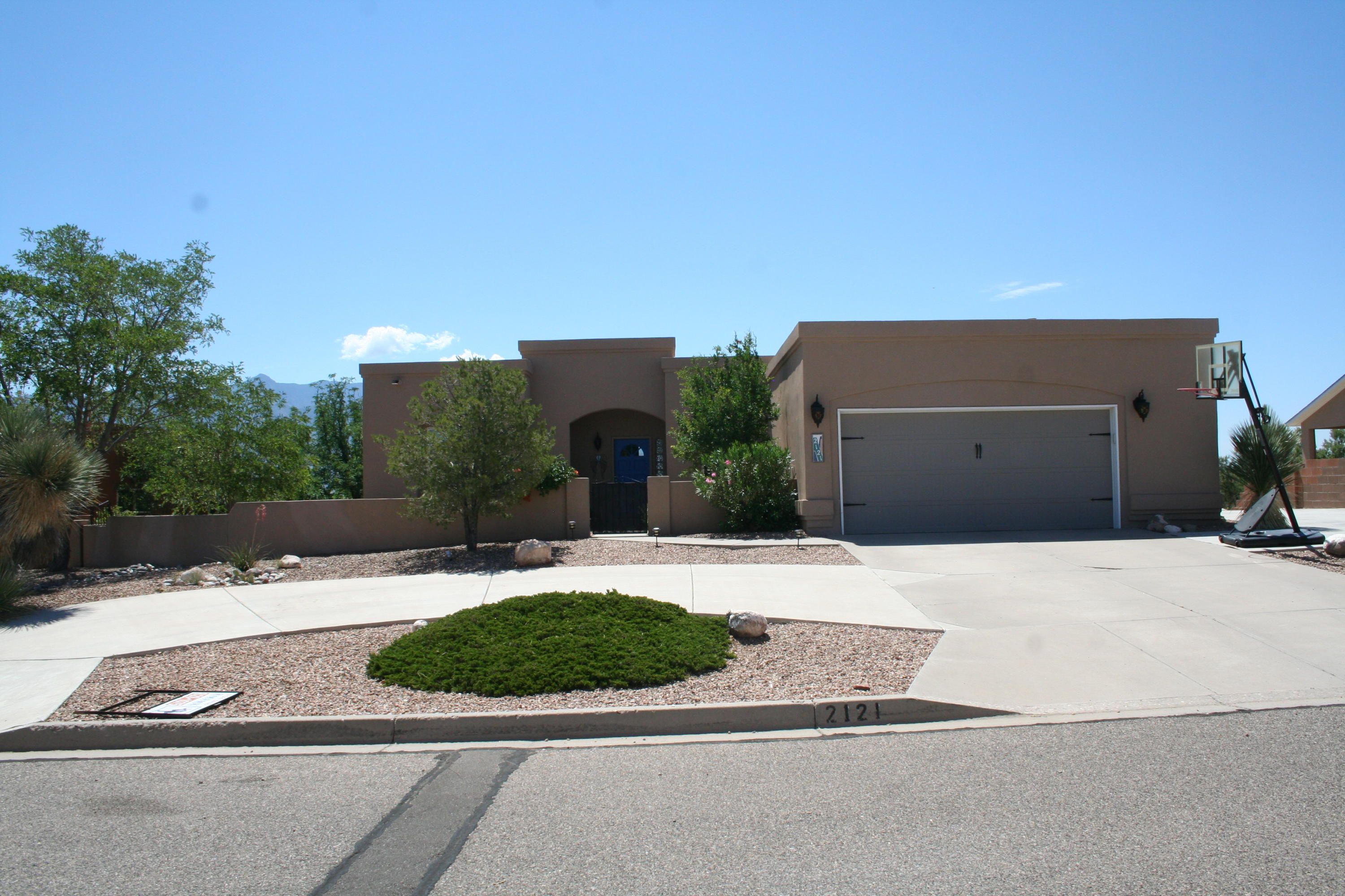 2121 Clearwater Loop, Rio Rancho NM 87144