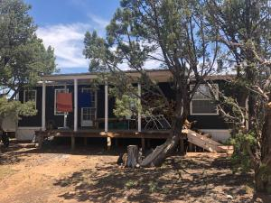 4039 W Martinez Road, Edgewood, NM 87015