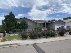 184 High Ridge Trail SE, Rio Rancho, NM 87124