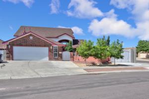7501 Danielito Avenue NW, Albuquerque, NM 87120