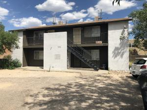 404 Dorado Court SE, Albuquerque, NM 87123