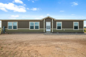 36 Equestrian Park Road, Edgewood, NM 87015