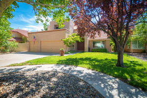 5921 Canyon Ridge Place NE, Albuquerque, NM 87111