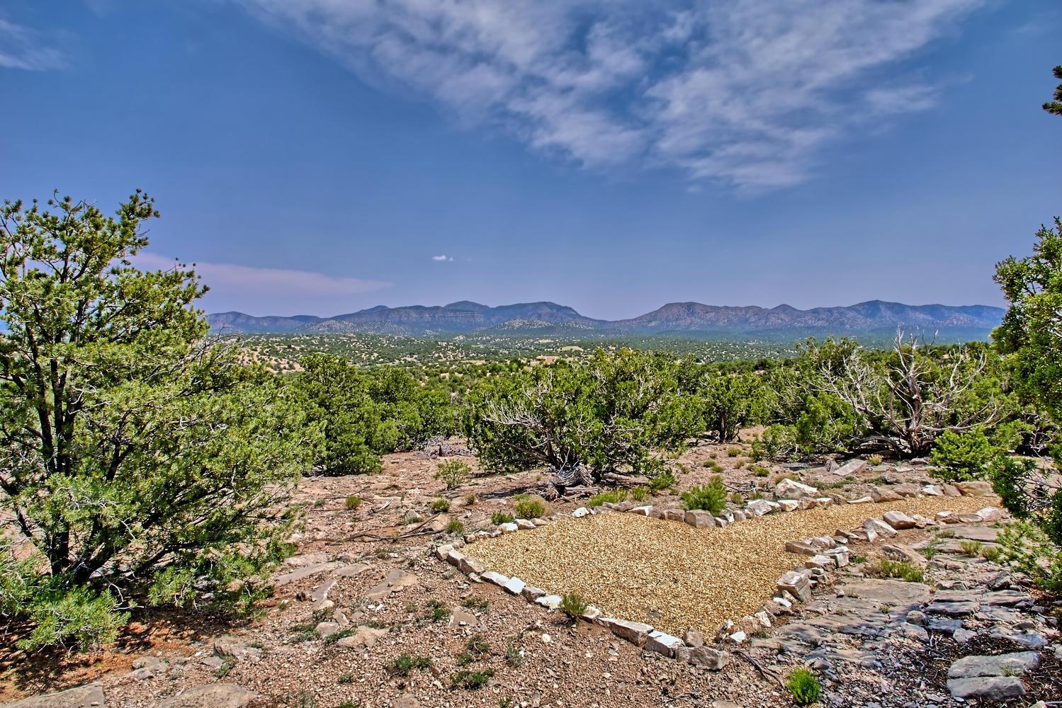 up top 5 Real Pl Sandia Park NM 87047-la