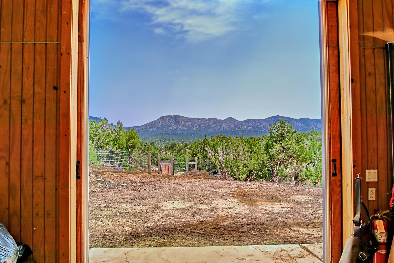 5 Real Pl Sandia Park NM 87047-large-092