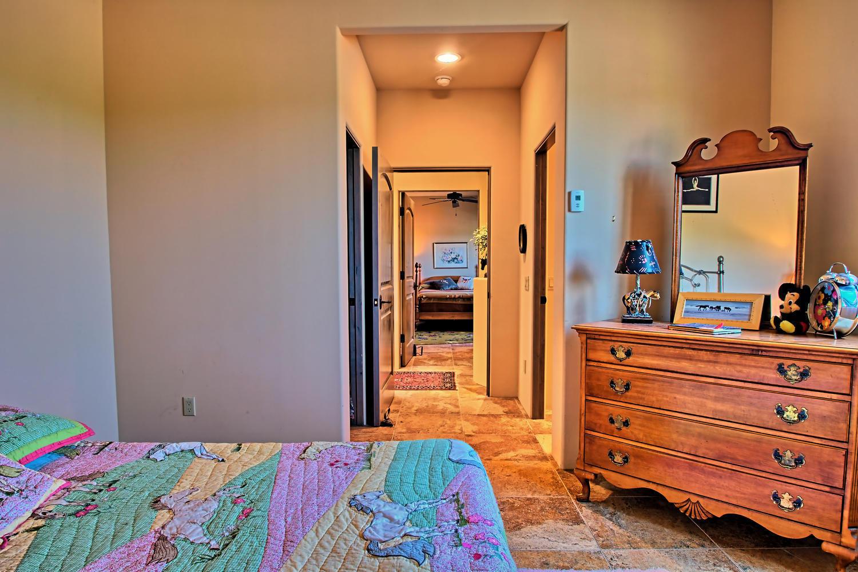 5 Real Pl Sandia Park NM 87047-large-041